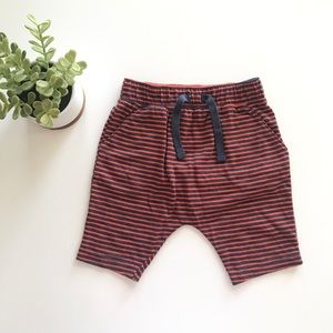 {old navy} u-shaped shorts kids boys 3T/4T